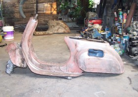 Paint Stripping Method For A Vespa Restoration Project.