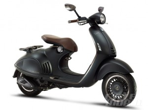 Vespa-946-Emporio-Armani-right-side-590x442
