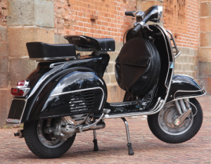 Vespa-GS-1963-150-cc-after-restoration-447x347